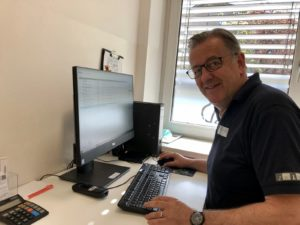 PD Dr. med. vet. Thomas Göbel in der Online-Sprechstunde